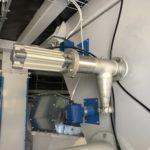 Mechanical and vacuum sampler